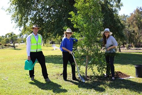 Parks Acting Manager Michael Elgey, Councillor Cherie Rutherford, and Councillor Donna Kirkland